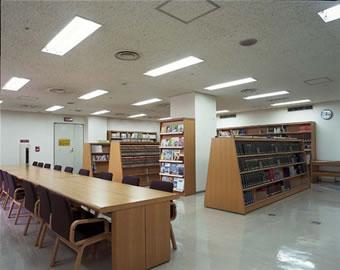 pic-kannai-7f_library