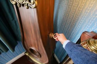 ムーミン屋敷の2階の柱時計