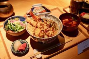 昼食 大海老天丼(1,680円)