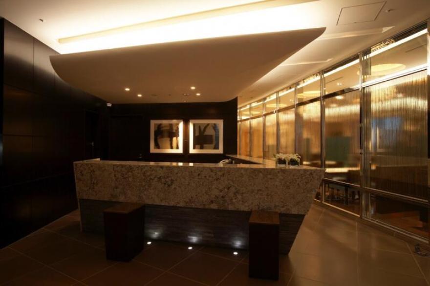 ホテル龍名館東京 フロント