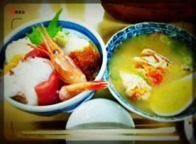 安くて美味しい朝ごはん At 二条市場(´_ゝ`)