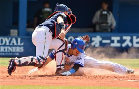 Kajitani recorded two steals in the first.