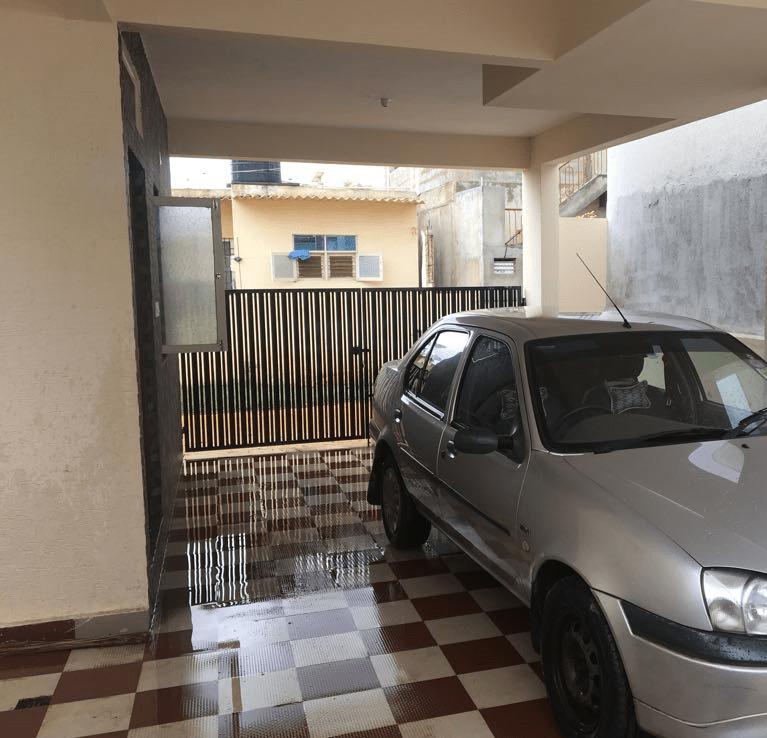 single car parking