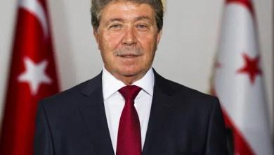 Photo of İzinsiz uçuş bakanı görevinden etti