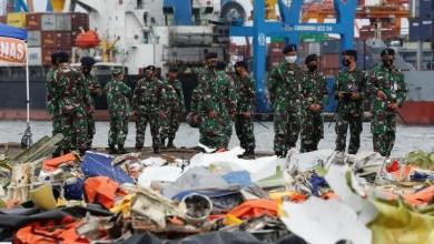 Photo of Endonezya uçağının kokpit ses kayıt cihazı aranıyor