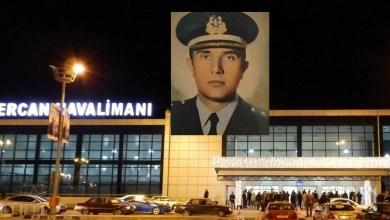"""Photo of """"Babamızın adını havalimanından silmeyin"""""""