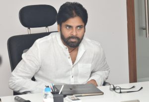 janasena pawan kalyan and ex cs iyr krishnarao about cs lv subramanyam unexpected transfer