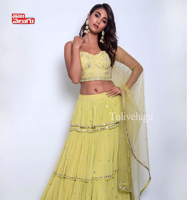 Pooja Hegde Latest Hot PhotoShoot