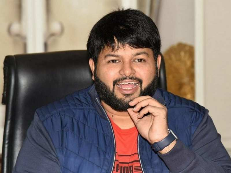 thaman special treat to allu arjun fans over samajavaragamana song