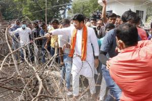 Tensions At Osmania, BJP Youth President Tejasvi Surya Barges Police Barricades