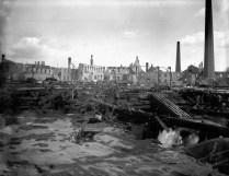 Ruines de l'usine Eddy. No MIKAN 3363964 BAC
