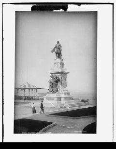 Monument à Samuel de Champlain, vers. 1898-1901 / Champlain's statue, Quebec