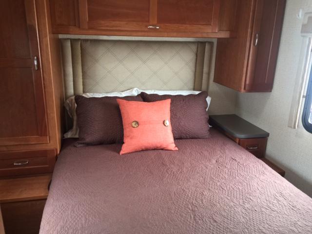 Bedroom 2016 Winnebago Itasca