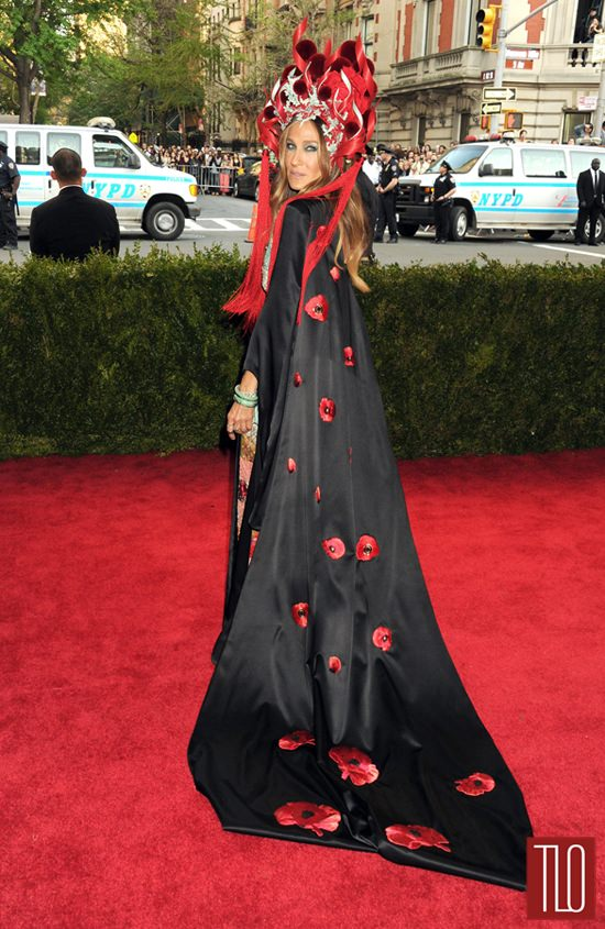 Met Gala 2015 Sarah Jessica Parker In HampM And Philip