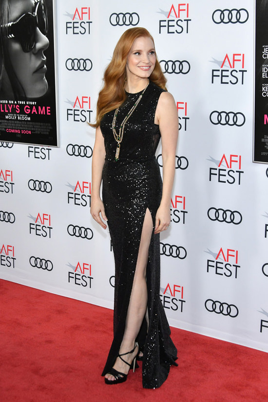 Jessica Chastain Is A Glamour Bomb At The Premiere Of
