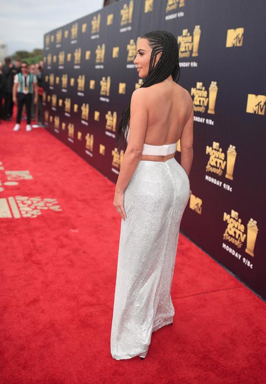 2018 MTV Movie Amp TV Awards Kim Kardashian In Atelier