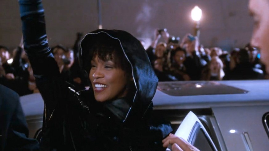 One-Iconic-Look-Whitney-Houston-The-Bodyguard-1992-Movies ...
