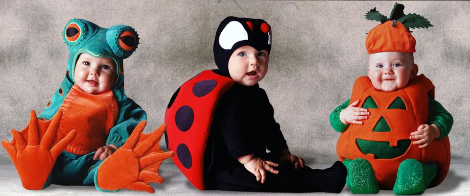 Trajes de rana, mariquita, calabaza y bebé de la colección Signature Tom Arma para Halloween diseñado por el reconocido fotógrafo Tom Arma bebé.