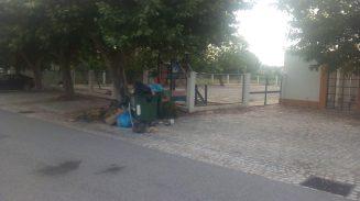 lixo 099_8445851251106643968_n