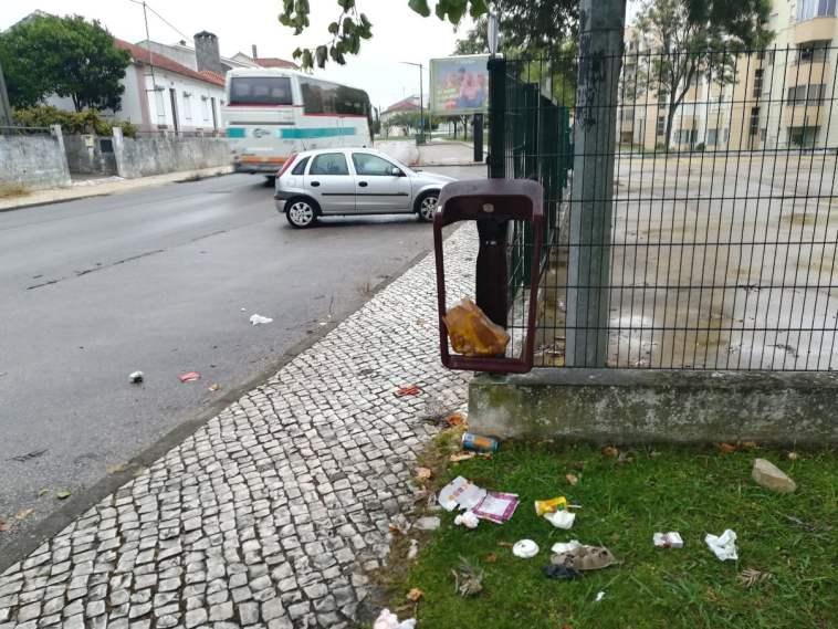 lixo IMG 20210908 075429