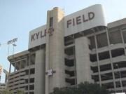 kyle_field_still