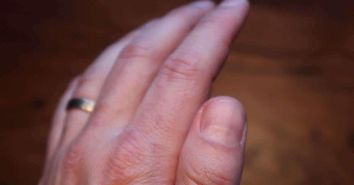 Hur snabbt växer en nagel?