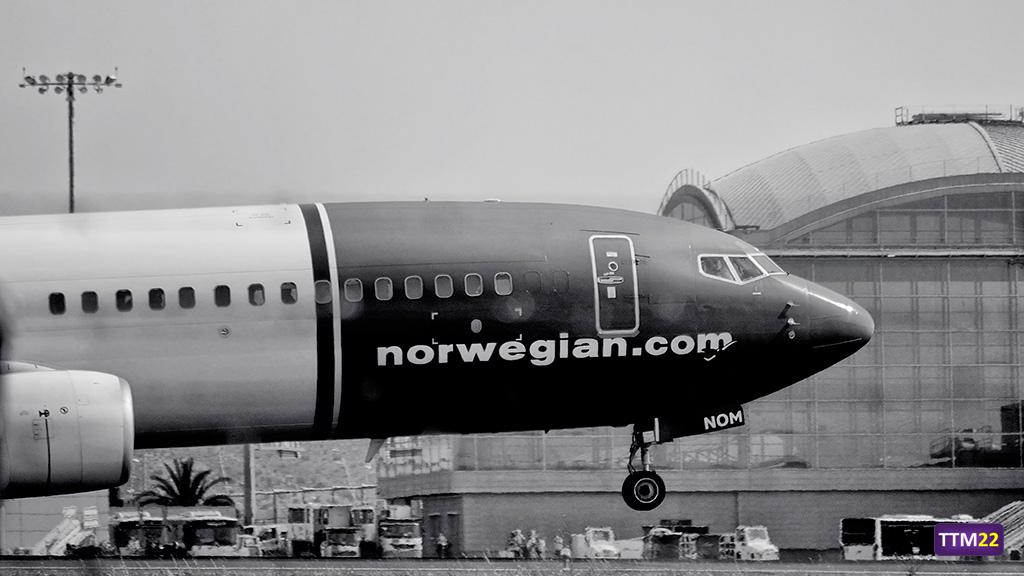aeropuerto-alicante-Boeing-2520737-800