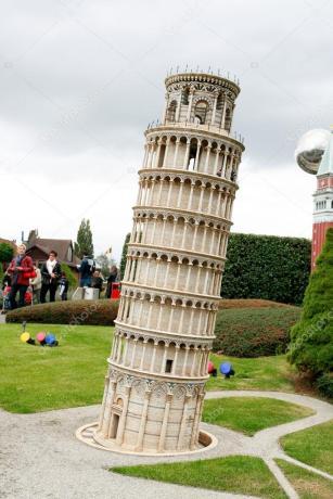 depositphotos_7924579-Pisa-tower-in-Mini-Europe-park