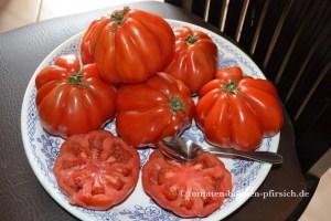 Coeur de Boeuf = Ochsenherz Tomate, Cuore di bue, Bull's Heart