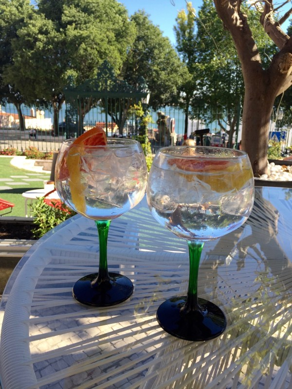 Drinking-Lisbon-Portugal-012