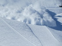 Avalanche coming down the piste