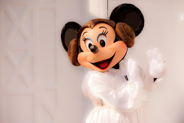 Leia, protrayed here by Minnie Mouse, is the newest Disney Princess! Read about Star Wars Weekends: https://www.disneytouristblog.com/star-wars-weekends-tips-photos/