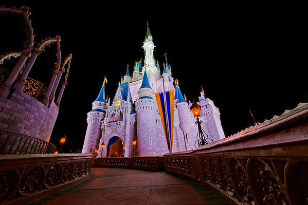 Ultra wide angle photo of Cinderella Castle shot with the Nikon 14-24mm f/2.8 lens. Lens review: https://www.disneytouristblog.com/nikon-14-24mm-f2-8-lens-review/