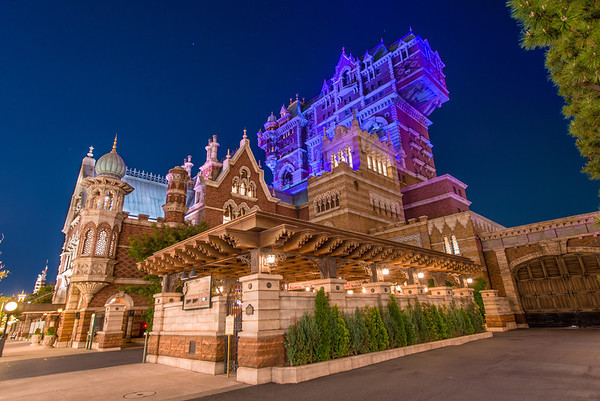 Disney around the world tower of terror disney tourist blog i waiver back and forth on whether the tokyo disneysea version or the disneys hollywood studios version is my favorite each has a lot going for it sciox Gallery