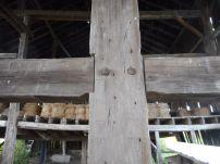 barn-cross