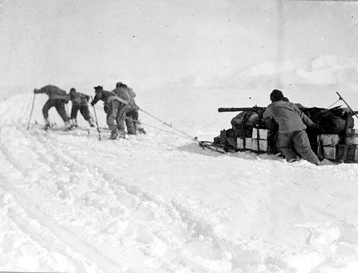 Man Hauling - Terra Nova Expedition