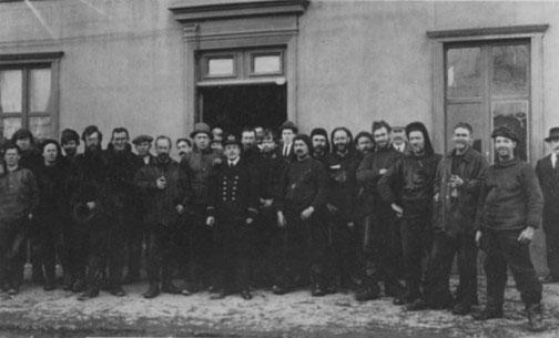 Shackleton & the Endurance crew at Punta Arenas, Chile.