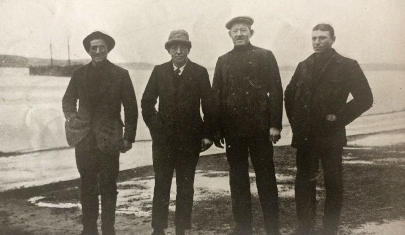Before boarding the Southern Sky - From left - Tom Crean, Ernest Shackleton, Captain Thom, Frank Worsley.