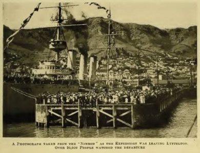 A PHOTOGRAPH TAKEN FROM THE NIMROD AS THE EXPEDITION WAS LEAVING LYTTELTON. OVER 30,000 PEOPLE WATCHED THE DEPARTURE