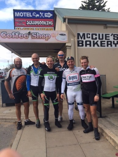 Thanks to all the guys who joined my for the ride out of Adelaide. And well done to Frank (on the left) who cycled the whole coast of Aus