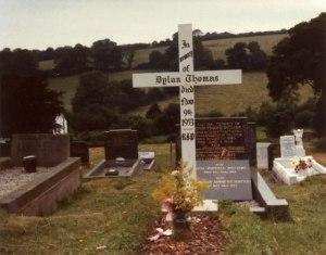Dylan_Thomas_Gravesite_-_geograph.org.uk_-_666297