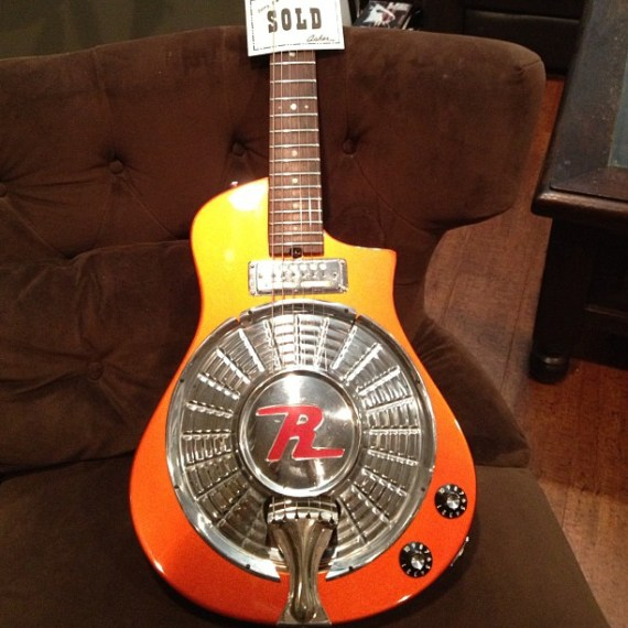 My first new guitar in 15 years!! It's an #asherguitars electric resonator with a 1958 Rambler hubcap! Comin to a show near you!