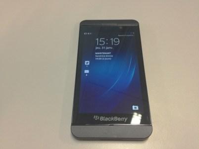 Blackberry Z10 face veille