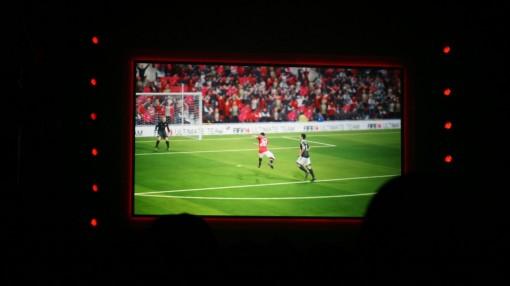 FIFA 14 PS4 EA Gamescom