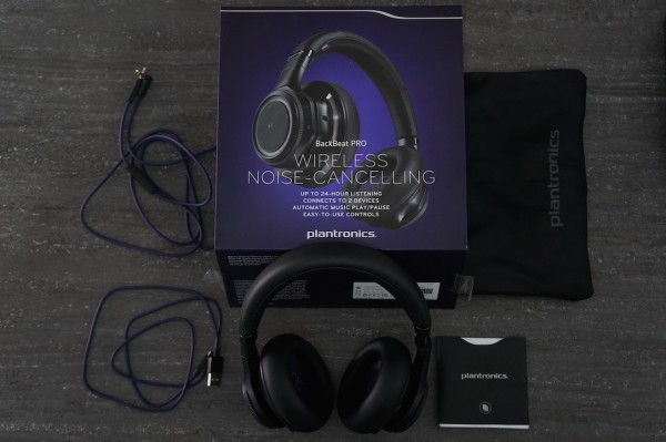 Plantronics Blackbeat pro Package