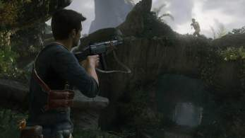 Uncharted_4_drake_aiming_at_enemy