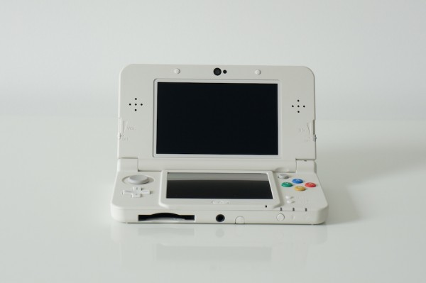 Nintendo New 3DS open face