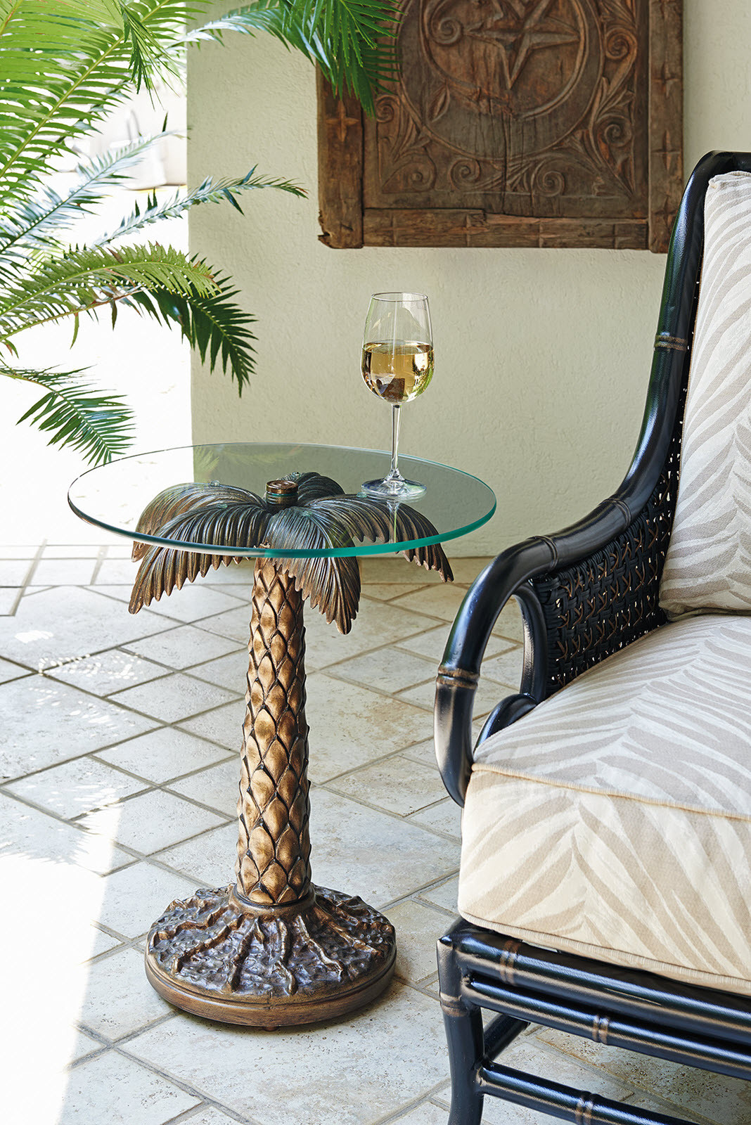 Palm Tree Table W 20 Tempered