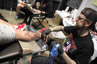 2016 Tattoo Con Sat 451