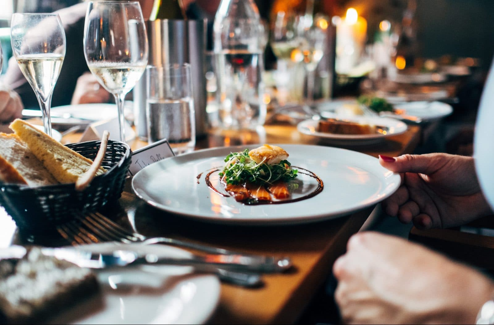 How to Easily Dine Out and Stick to Your Diet | Tom Nikkola